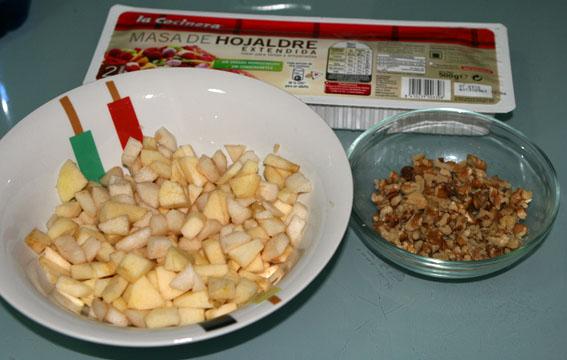 Hojaldre relleno de pera, manzana y nueces 17