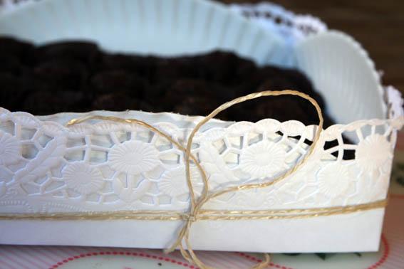 caja con plato de cartón 2