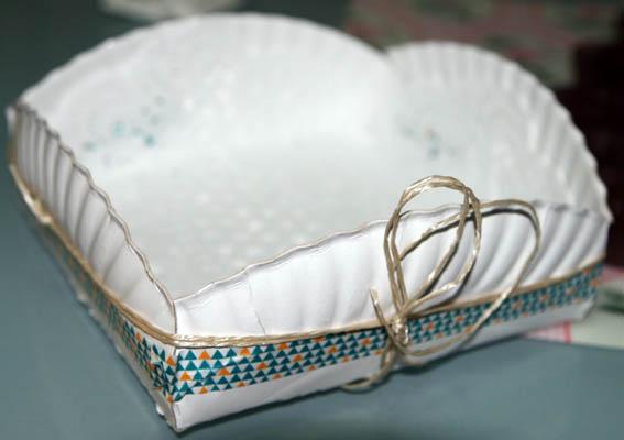 caja con plato de cartón 4