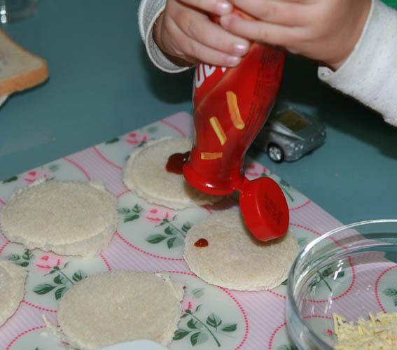 mini pizza pan molde 16