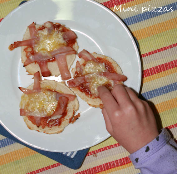 mini pizza pan molde 27b