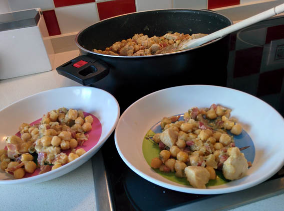 garbanzos con pollo y bacon 12