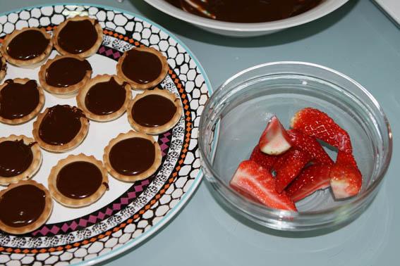 tartaletas de chocolate y fresas 1