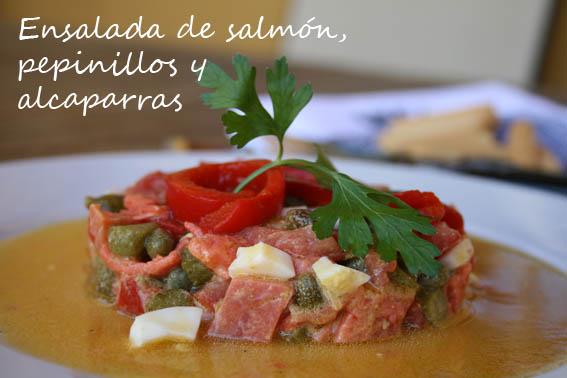 ensalada de salmón, pepinillos y alcaparras 8b