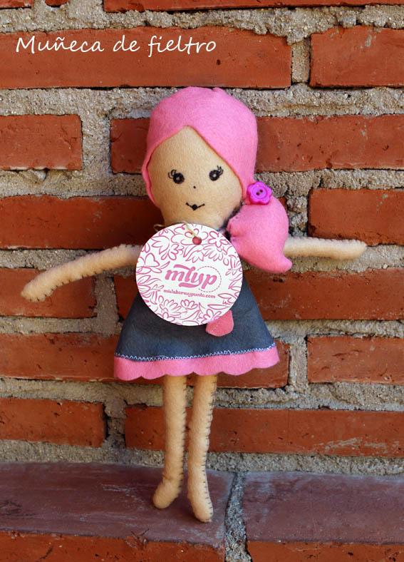muñeca de fieltro 6b