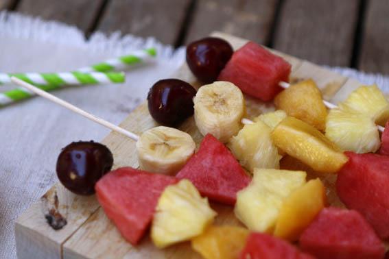 brochetas de frutas 30