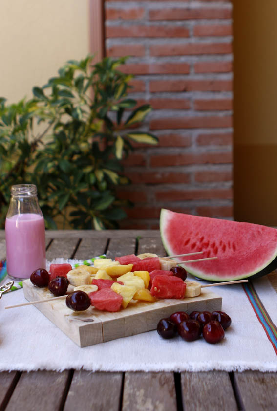 brochetas de frutas 31