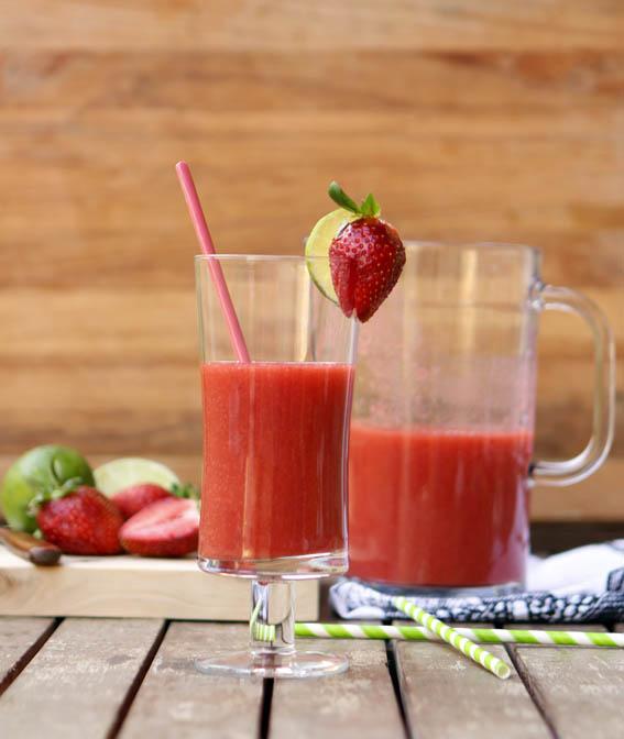 zumo de fresa, pera y lima 10