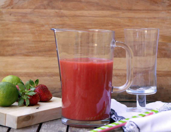 zumo de fresa, pera y lima 6