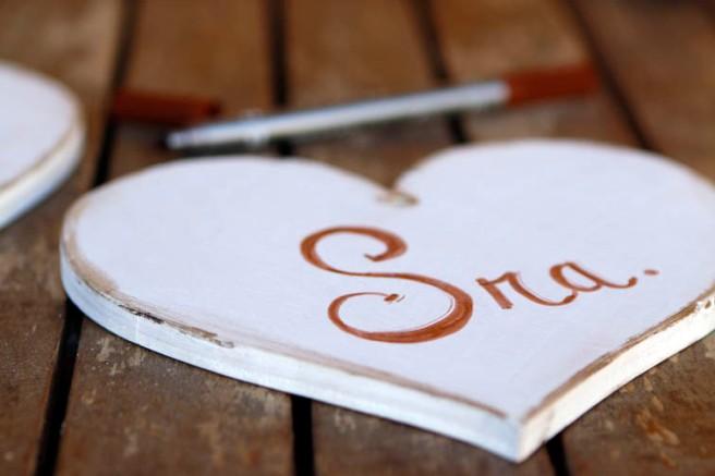 Corazones de madera para boda 21