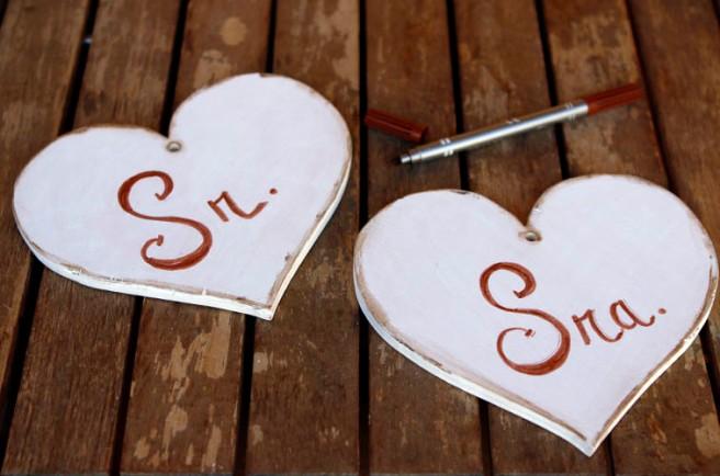 Corazones de madera para boda 23