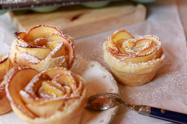 Rosas de hojaldre y manzana 60