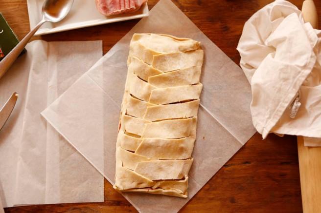 Trenza de jamón cocido y queso 10