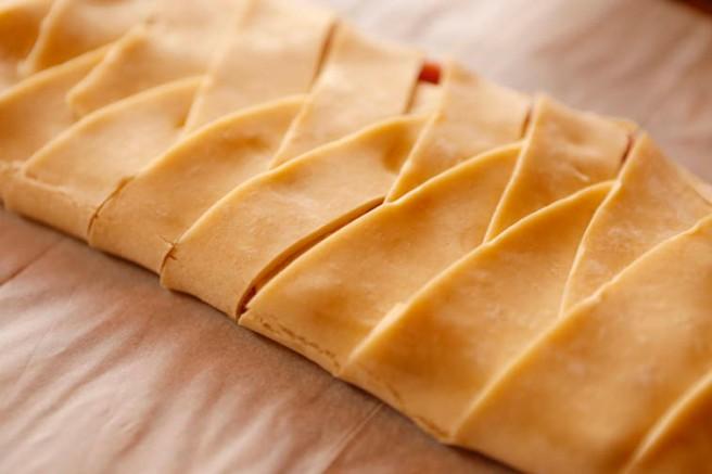 Trenza de jamón cocido y queso 17