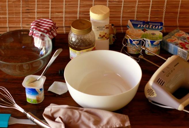 Helado de yogur y mermelada de fresa 2